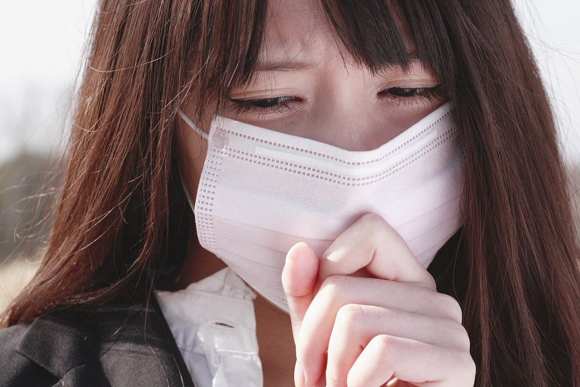 花粉症の症状を吹き飛ばす、効果的な17種類のハーブティー