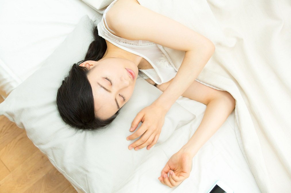 【翌朝スッキリ】質の良い睡眠にオススメなハーブティー10選